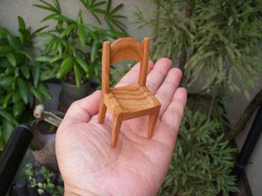 ケヤキ、椅子