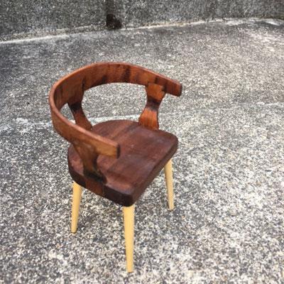 曲げ椅子4