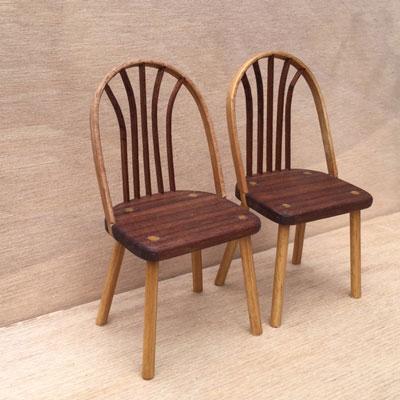 曲げ木の椅子